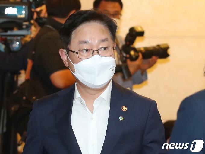 박범계, 이번주 김오수 만나 '檢중간간부 인사' 논의