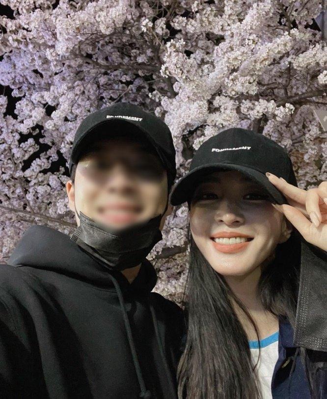 배우 한예슬과 그의 남자친구 류성재씨 /사진=배우 한예슬 인스타그램