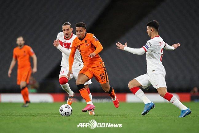 네덜란드 대표팀으로 활약 중인 도니엘 말렌. /AFPBBNews=뉴스1
