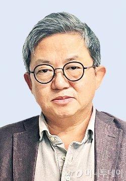 김인권 칼럼리스트