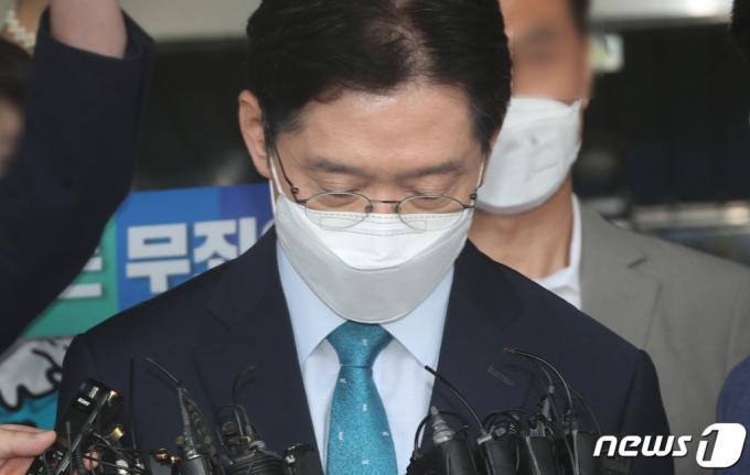 """이낙연 """"문대통령 잘 지켜달라"""" 김경수와 통화…이재명 반발"""