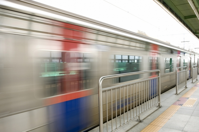 1호선 노량진역서 열차 고장…의정부행 1시간 넘게 중단
