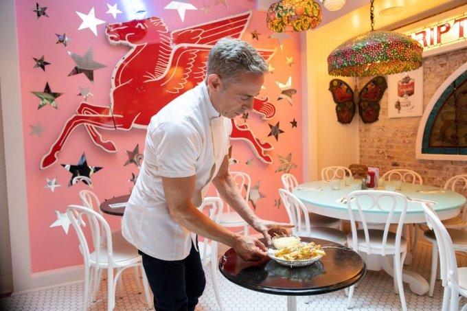 미국 뉴욕의 한 식당이 감자튀김 한 접시를 200달러(약 23만 원)에 판매해 가장 비싼 감자튀김으로 기네스북에 올랐다. /사진제공=로이터/뉴스1