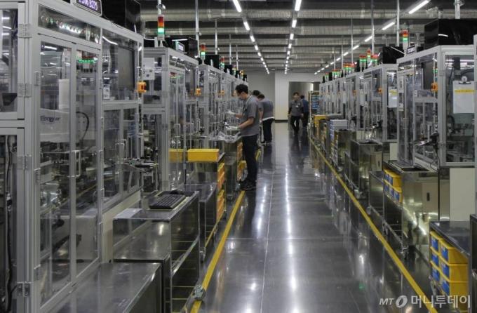 [속보]삼성전기 2Q 영업익 3393억원…전년比 230%↑