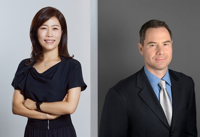 이재교 NXC 신임 대표(왼쪽), 알렉스 이오실레비치(Alex Iosilevich) NXC 글로벌 투자총괄 사장 /사진제공=NXC