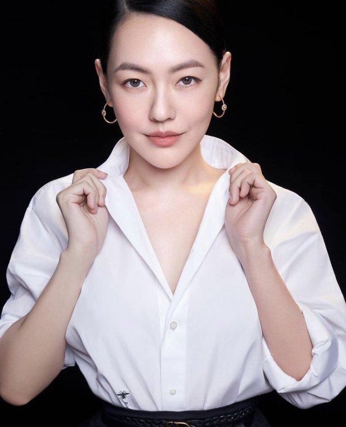 대만의 한 유명 여자 연예인이 2020 도쿄 올림픽에 출전한 대만 선수들을 응원했다가 중국에서 광고 계약 해지를 당하는 등 수모를 겪고 있다. 사진은 대만 연예인 쉬시디. /사진=쉬시디 인스타그램 캡처