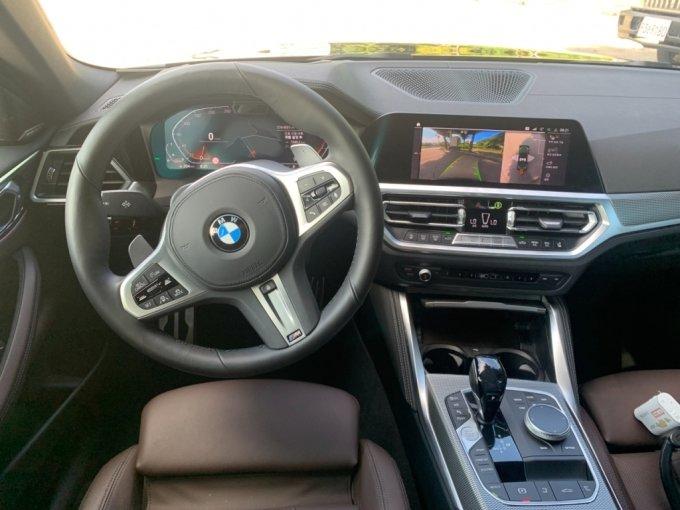 BMW 420i 컨버터블 운전석/사진=이강준 기자