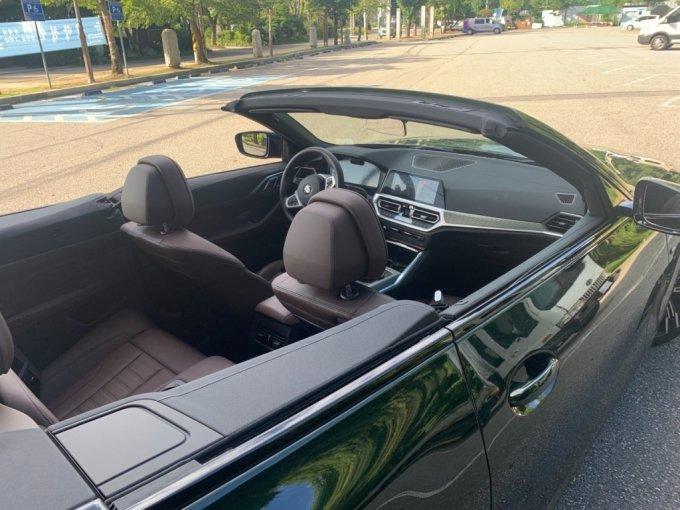 BMW 420i 컨버터블/사진=이강준 기자