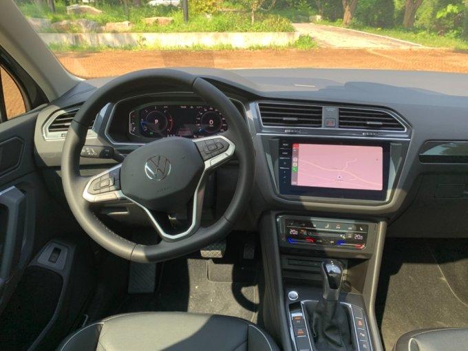 폭스바겐 티구안 2.0 TDI 4모션 프레스티지 운전석 모습/사진=이강준 기자