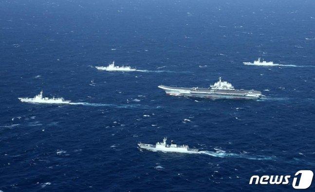 남중국해에서 훈련 중인 중국 인민해방군 해군. /사진=AFP=뉴스1