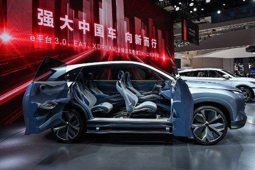 올해 4월 상하이모터쇼에 출품된 비야디(BYD)의 EA1 Xdream 전기차 /사진=AFP