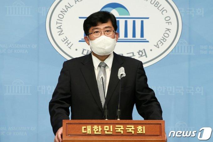 윤창현 국민의힘 의원. 2021.5.7/뉴스1