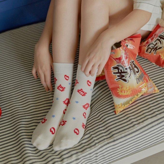 꽃게랑 바나나시스터즈 양말/사진= 빙그레