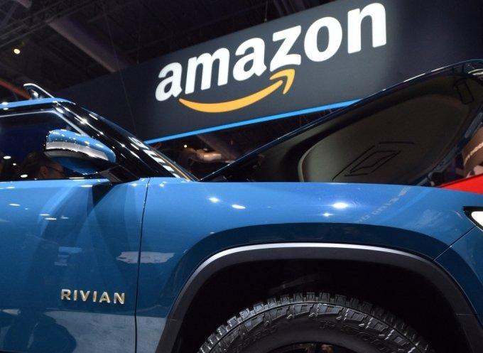 지난 2020년 1월 미국 라스베가스에서 열린 'CES 2020'에서 아마존 부스에 전시됐던 리비안의 전기 픽업트럭. / 사진=AFP통신
