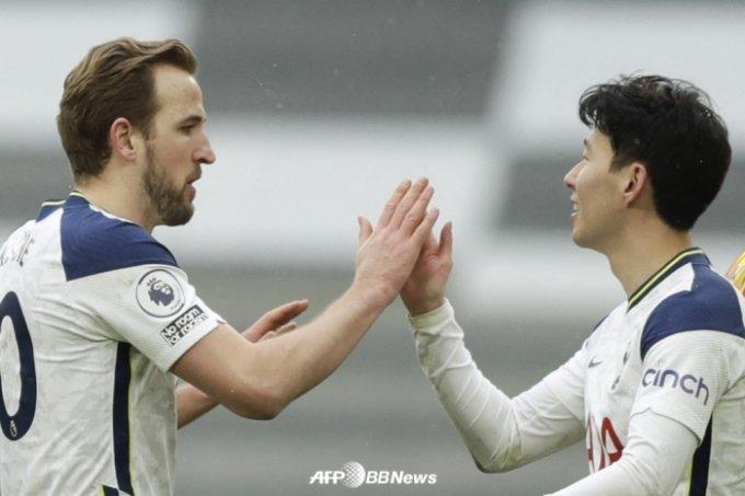 해리 케인(왼쪽)과 손흥민. /AFPBBNews=뉴스1