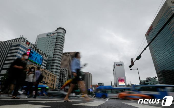 [내일 날씨]선선하고 흐린 월요일…일교차 '10도 이상'