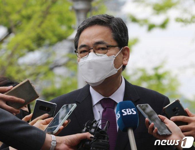 (과천=뉴스1) 김영운 기자 = 곽상도 무소속 의원. 2021.4.23/뉴스1