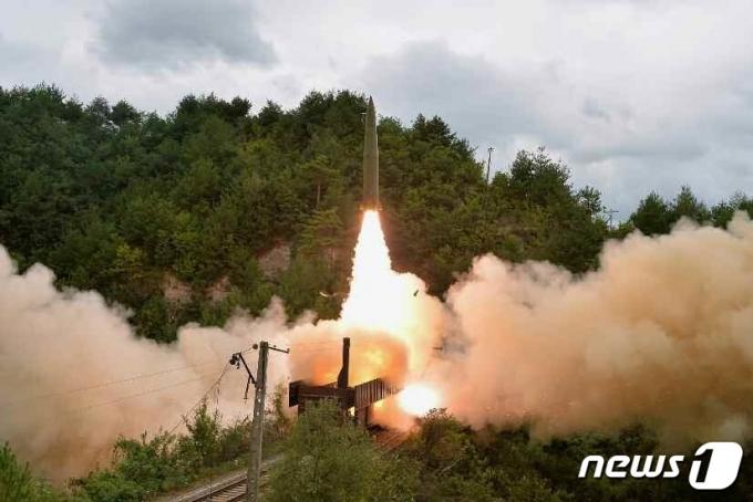 日 이어 美도 '북한 탄도미사일'에 무게…미군은