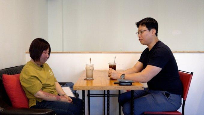 눈을 감고, 서로의 대화에만 집중한 인터뷰는 처음이었다. 있는 그대로, 그의 삶에만 집중할 수 있었다./사진=이주아 머니투데이 PD