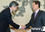 성김 美 대사, 박희태 의장 예방