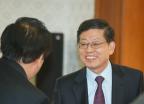 외국인정책위원회 참석하는 김황식 총리