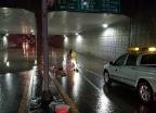 폭우 속 도로 보수하다 숨졌는데…죽음도 '차별'