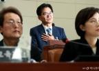 '리더스유치원 비리' 답변하는 이덕선 한유총 비대위원장