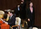 여·야 긴장 속 홍영표-나경원