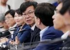 중소기업인들과 소통하는 김상조 정책실장