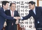 국회의장-3당 교섭단체 원내대표 회동…자유한국당 불참