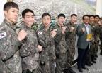 국회 방문한 '귀환' 배우들