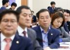 한상혁 방통위원장에 등 돌린 한국당
