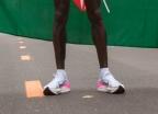 마라톤 2시간 벽 깼지만 논란, '나이키 신발' 어땠기에
