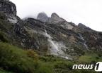 히말라야 안나푸르나 눈사태로 한국인 4명 실종