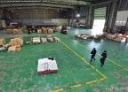 중국발 화물 급감에 한산한 세관검사장