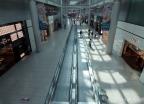코로나19 영향에 한산한 인천공항 면세구역