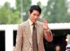 정우성, 4년만에 예능 출격… '유퀴즈'서 유재석과 재회