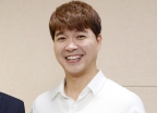 """""""박수홍 형은 만날 의향 있다…조카는 왕따 당해 정신과 치료"""""""