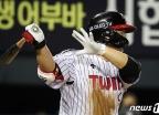 [사진] LG 김현수 '이걸로 선취점'