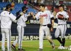 [사진] 김현수 결승타 LG, NC에 승리