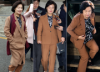 '추다르크' 패션의 비밀…최애템 '갈색 정장' 여기서 샀다