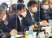 [단독]與, '3%룰' 합산→개별 가닥…경제3법 손질