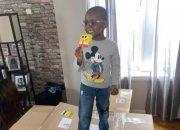 4살아이가 아이스크림 300만원어치 주문하자 벌어진 일