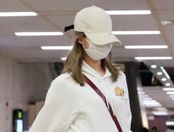 [사진]모자 눌러쓴 사나