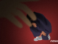 """女신도 성추행 혐의 입건된 70대 큰스님 """"종교의식"""" 주장"""