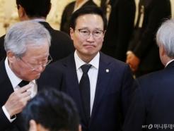 [사진]고 김우중 전 회장 빈소 찾은 홍영표 전 원내대표