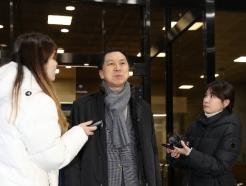 [사진] 답변하는 김기현 전 시장