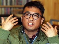 '차량 압수수색' 김건모, 성폭행·폭행 의혹 쟁점 셋