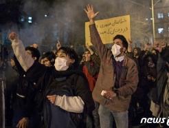 """""""이란 정권 붕괴 확률 어느 때보다 높다""""-美전문가"""