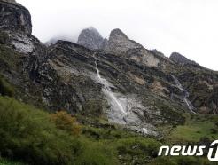 [사진] 히말라야 안나푸르나 눈사태로 한국인 4명 실종